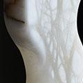 torso-vrouw-abstract-albast-italie-sokkel-eikenhout-1mrt